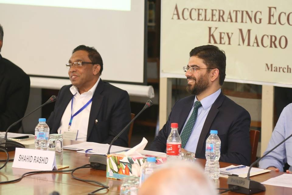 executive director coe cpec chairing a session on leveraging cpec